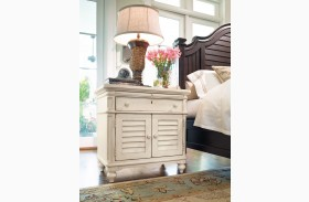 Paula Deen Home Linen 1 Drawer Door Nightstand