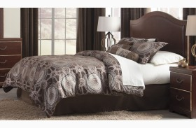 Chanlyn Reddish Brown Queen Panel Bed