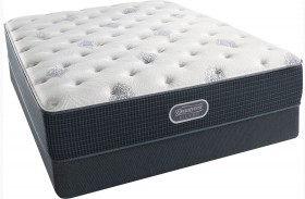 Beautyrest Recharge Silver Offshore Mist Tight Top Plush Queen Size Mattress with Foundation