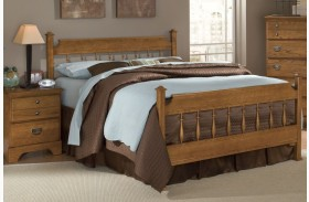 Creek Side Autumn Oak Queen Spindle Bed