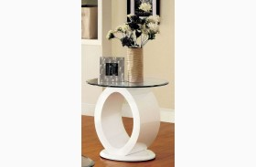 Lodia III White End Table
