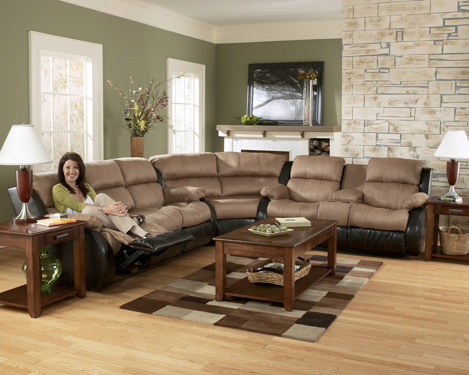 Reclining Sectionals – Coleman Furniture