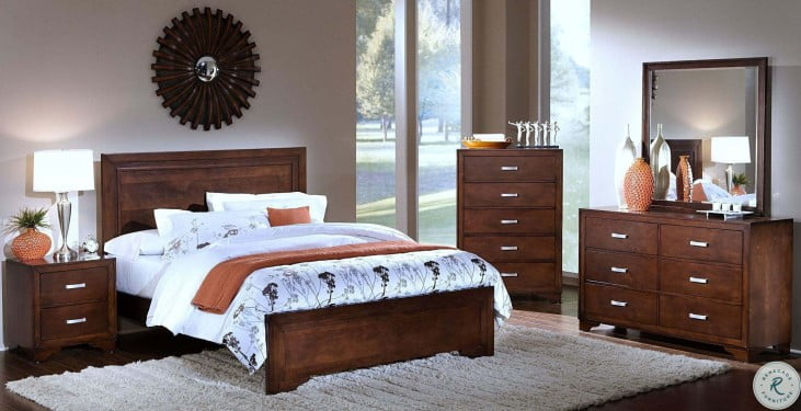 Urbandale Tobacco Panel Bedroom Set