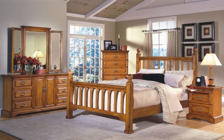 Honey Creek Caramel Poster Bedroom Set