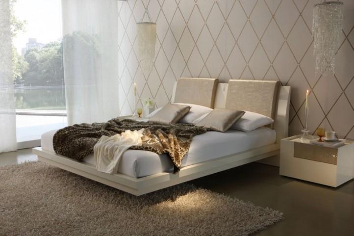 Diamond Ivory Queen Bed