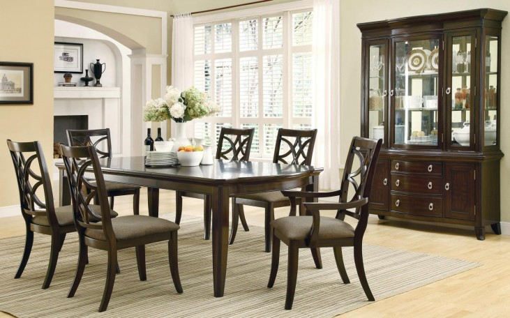 Meredith Espresso Rectangular Extendable Dining Room Set