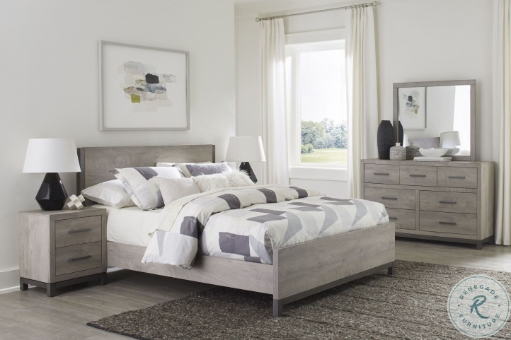 Zephyr Brown King Panel Bed