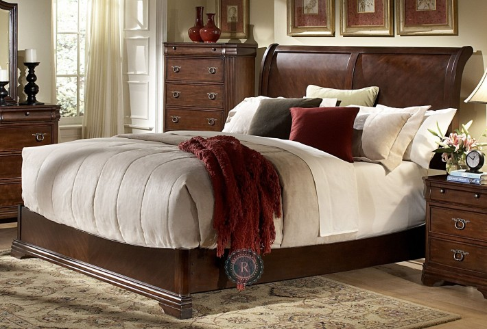 Karla King Sleigh Bed