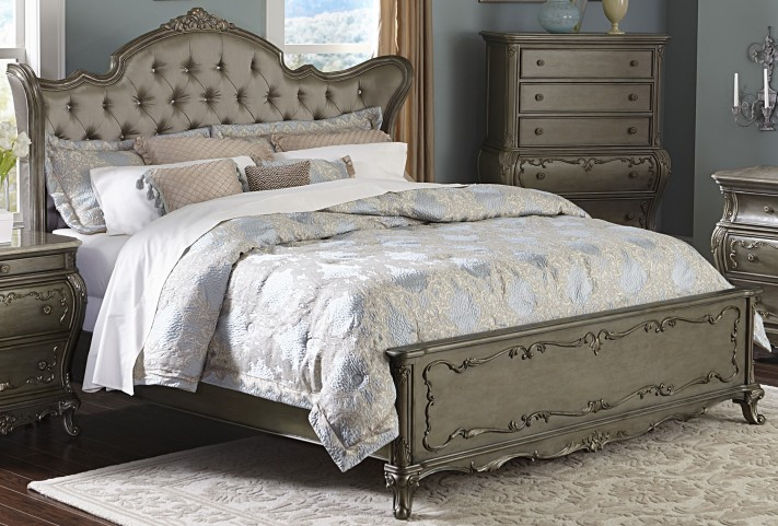 Florentina Gold Queen Wing Panel Bed