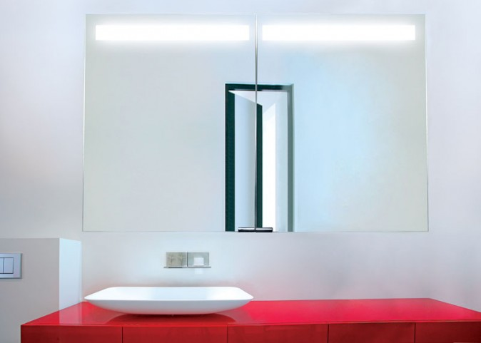 """Diamando 31"""" 2 Light Mirror Cabinet"""