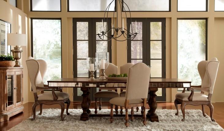 Accentrics Home Alekto Rectangular Extendable Dining Room Set