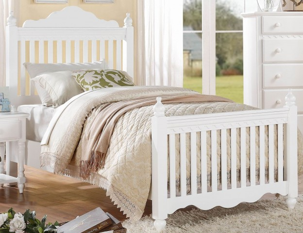 Emmaline Twin Poster Bed