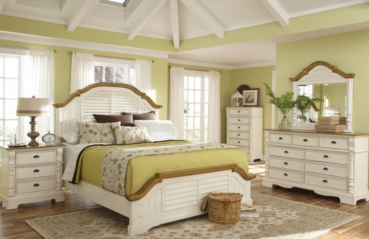 Oleta Buttermilk/Brown Bedroom Set