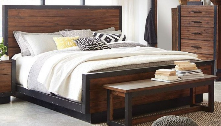 Ellison Bourbon Brown Queen Platform Bed by Scott Living ...