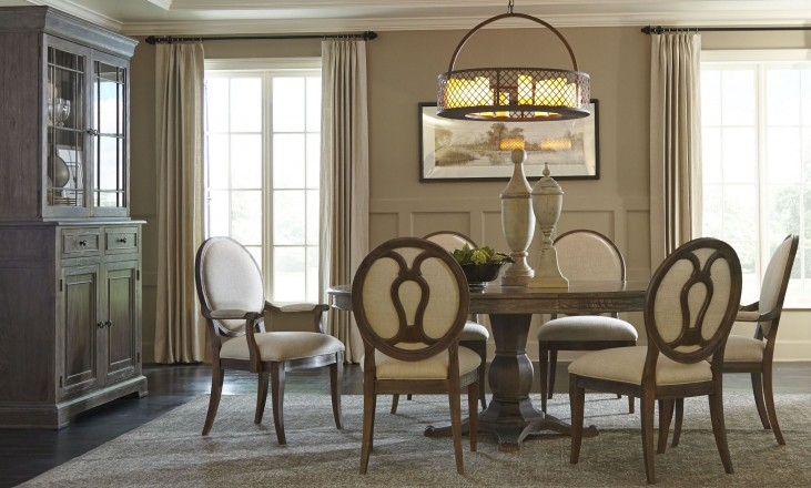 St. Germain Round Extendable Dining Room Set