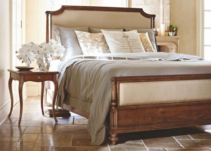 Arrondissement Sunlight Anigre Palais Upholstered Bedroom Set