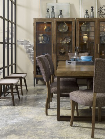 Epicenters Williamsburg Extendable Rectangular Dining Room Set