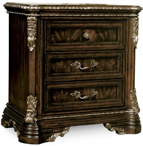 Gables 3 Drawer Nightstand