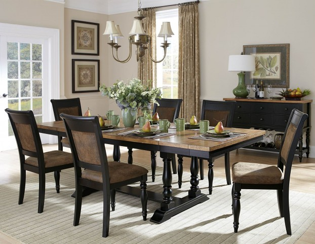 Grisoni Rectangular Extendable Dining Room Set