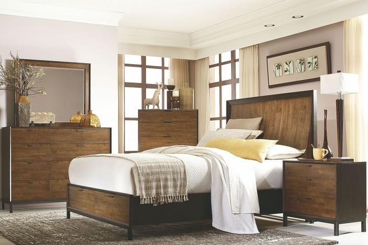 Kateri Storage Footboard Curved Panel Bedroom Set