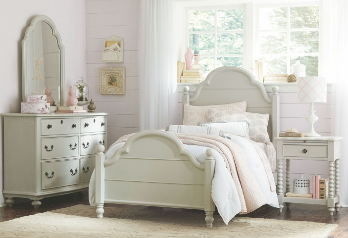 Inspirations Youth Low Poster Bedroom Set