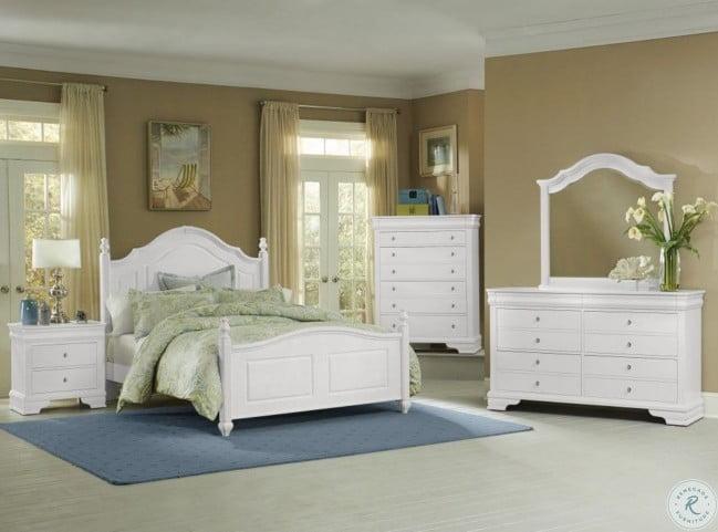 French Market Soft White Poster Bedroom Set from Vaughn Bassett