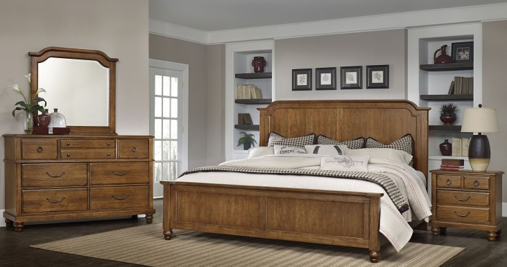 Arrendelle Antique Cherry Mansion Bedroom Set