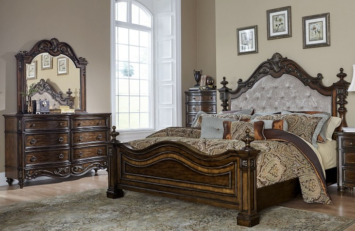 Chamberlain Court Rich Auburn Upholstered Bedroom Set