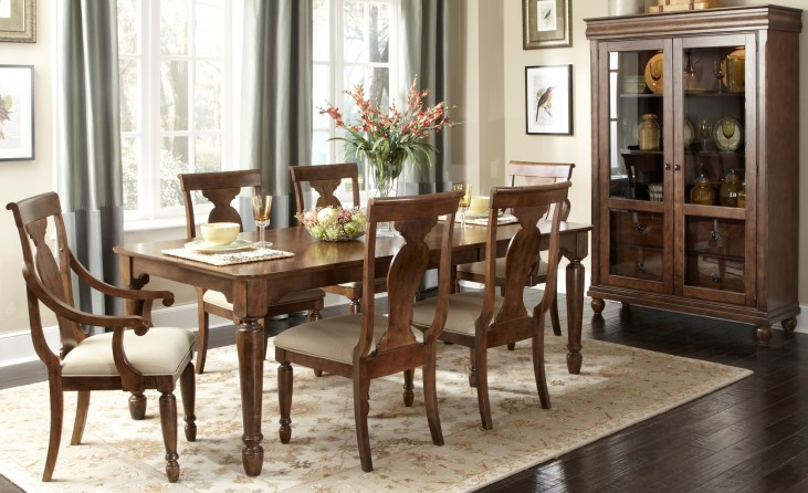 Rustic Tradition Rectangular Leg Extendable Dining Room Set