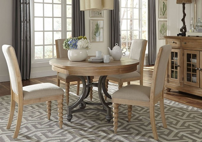 Harbor View Round  Dining Room Set