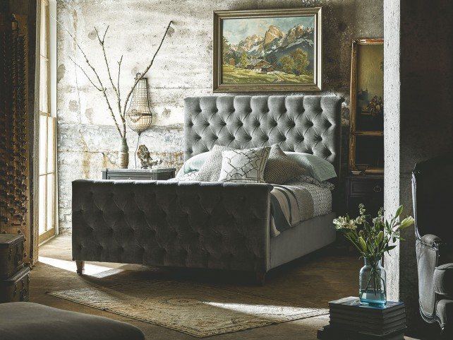 Authenticity Franklin Street Velvet Grey Platform Bedroom Set