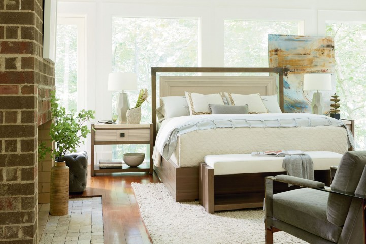 Synchronicity Horizon Platform Bedroom Set