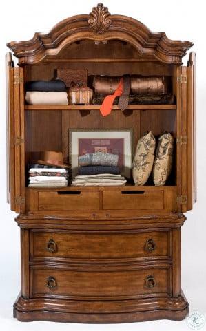 San Mateo Sleigh Bedroom Set From Pulaski 662170 662171