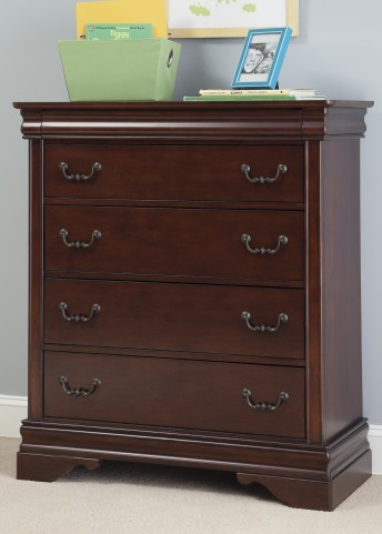 Carriage Court Chest