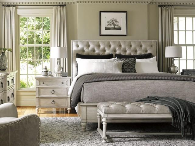 Oyster Bay Sag Harbor Tufted Upholstered Platform Bedroom Set