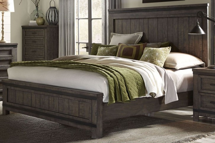 Thornwood Hills Rock Beaten Gray King Panel Bed