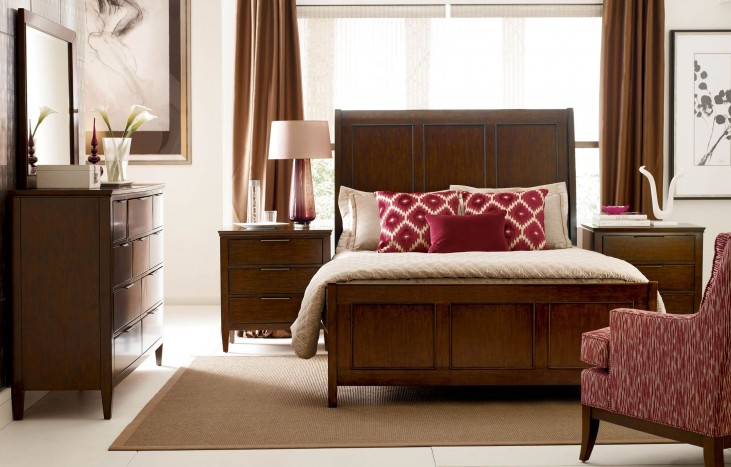 Elise Caris Sleigh Bedroom Set