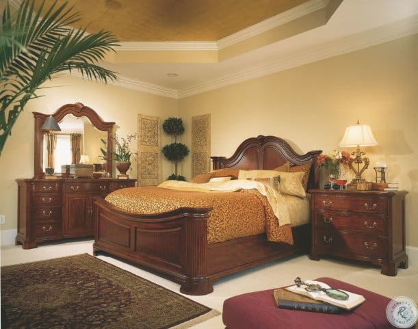 Cherry Grove Classic Antique Cherry Queen Mansion Bed