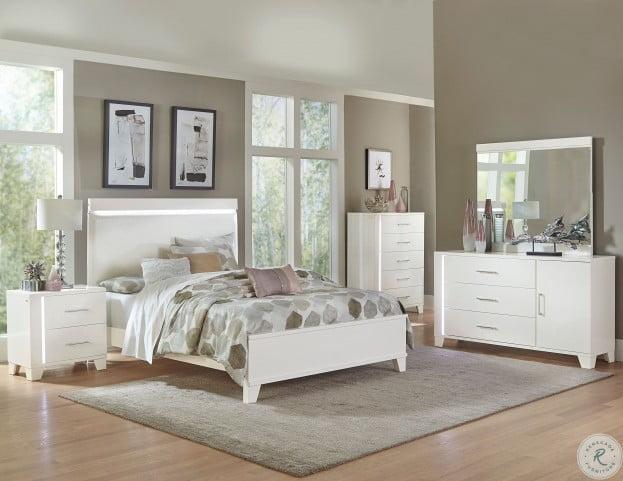 Kerren White High Gloss Platform Bedroom Set