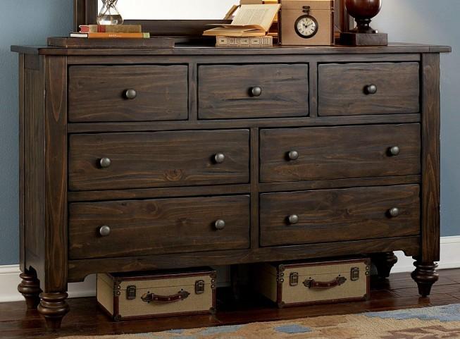 Southern Pines 7 Drawer Dresser