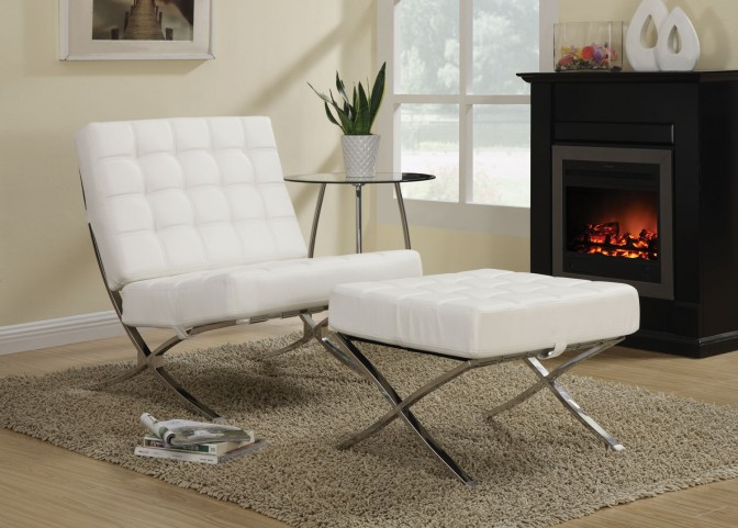 902183 White/Chrome Accent Chair