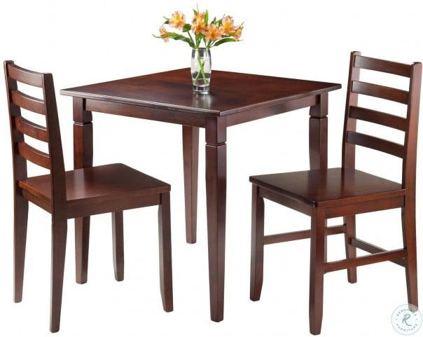 Kingsgate Walnut Dining Room Set
