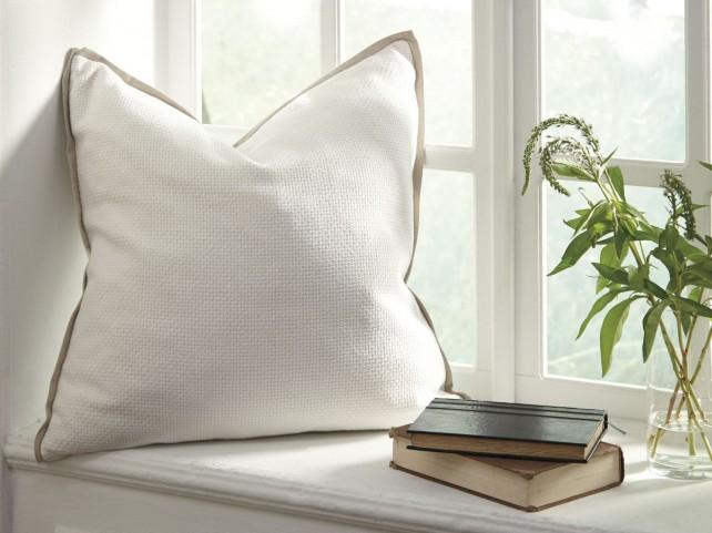 Dagger White Pillow Cover Set of 4