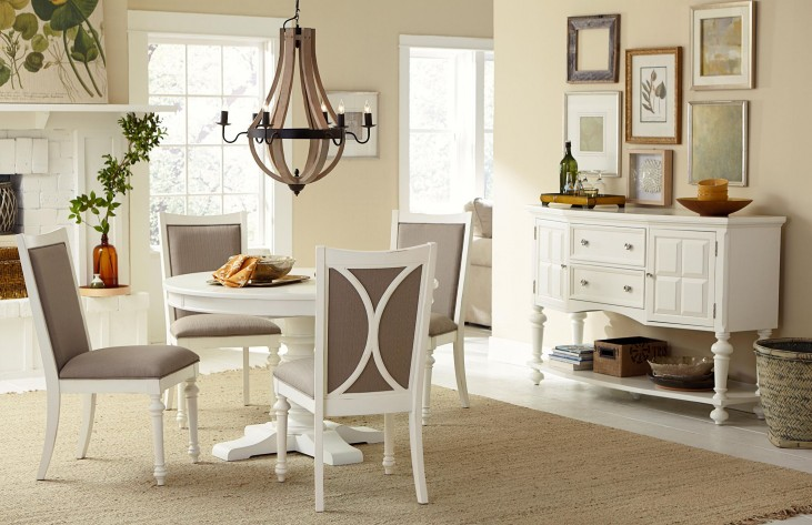Lynn Haven Soft Dover White Round Extendable Dining Room Set