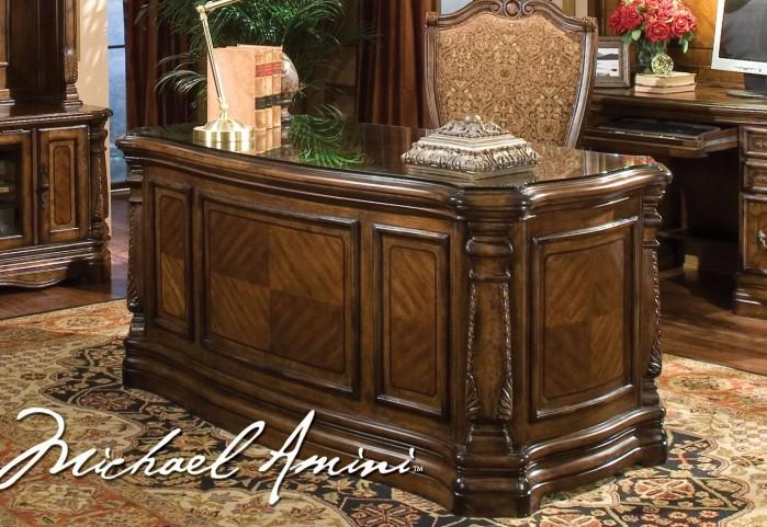 Windsor Court Desk