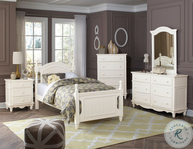 Clementine White Full Poster Bed