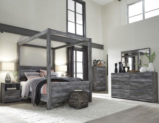 Baystorm Gray Poster Canopy Bedroom Set