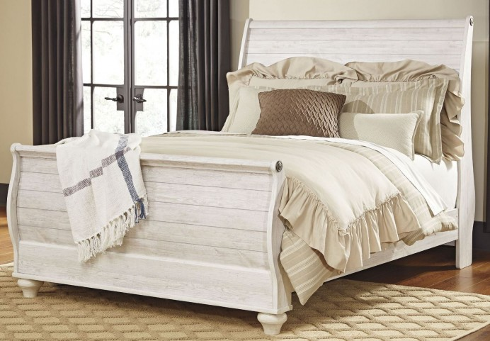 Willowton Whitewash Queen Sleigh Bed