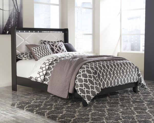 Fancee White Queen Panel Bed