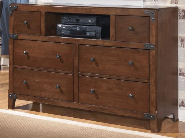 Delburne Dresser